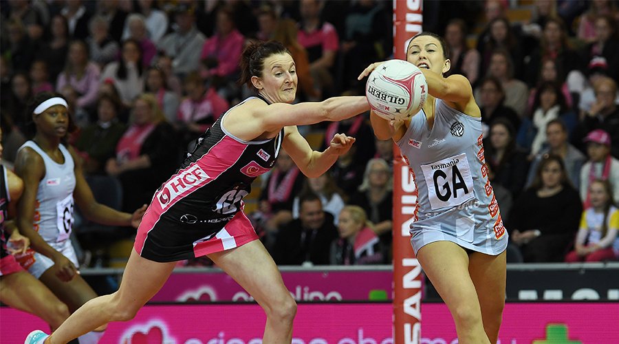 Thunderbirds Kate Shimmin and Magpies Gabi Sinclair fight over ball