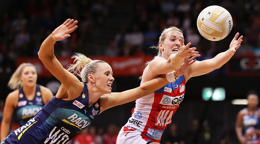 Natalie Haythornthwaite of the Swifts is challenged by Renae Ingles of the Vixens during the Super Netball Preliminary Final between the NSW Swifts and the Melbourne Vixens at Quay Centre on September 08, 2019 in Sydney, Australia.