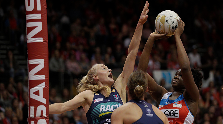 Samantha Wallace of the Swifts shoots during the Super Netball Preliminary Final between the NSW Swifts and the Melbourne Vixens at Quay Centre on September 08, 2019 in Sydney, Australia.