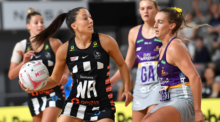 Molly Jovic (left) of the Magpies in action during the Round 14 Super Netball match between the Collingwood Magpies and Queensland Firebirds at Nissan Arena in Brisbane, Saturday, September 26, 2020.
