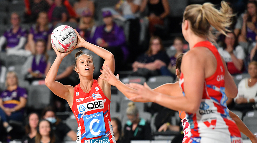 Paige Hadley (left) of the Swifts in action during the Round 14 Super Netball match between the NSW Swifts and GWS Giants at Nissan Arena in Brisbane, Saturday, September 26, 2020.